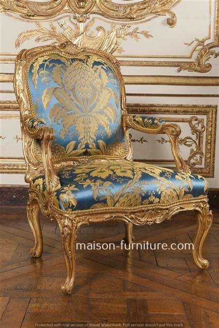 gilded wood french Louis XV armchair with damassé fabric